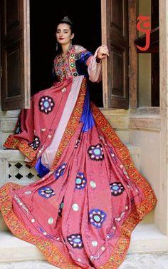 Afghan Dresses, Fashion Dresses, Sari, Style, Fashion Show Dresses, Saree, Swag, Trendy Dresses, Stylish Dresses