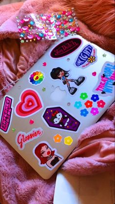 Baby Pink Aesthetic, Retro Aesthetic, Laptop Stickers, Cute Stickers, Cute Phone Cases, Iphone Cases, Laptop Design, Indie Photography, Valentine Images