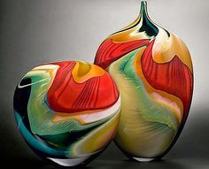 Art glass vases by Peter Layton. Glass Vessel, Glass Ceramic, Ceramic Pottery, Blown Glass Art, Art Of Glass, Cut Glass, Cristal Art, Vase Deco, Glas Art