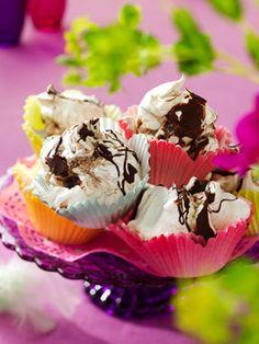 Chokolade-marengs - Luftige og super lækre, du kan lige så godt bage dobbelt portion, for de forsvinder lynhurtig