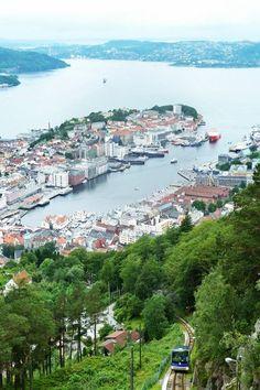 Fotografía: Marcela Villarino Bergen, Elba, The Good Place, River, Outdoor, Cruise, Venice, Germany, Monuments