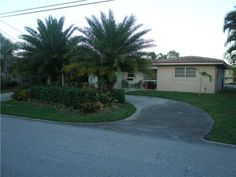 **Wonderful Wilton Manors Waterfront** South of 26 St.Quiet Waterfront View! Greatroom-Open Floorplan, Remodeled 3/2 split bedrooms, Newer Baths, Kitchen w/Pantry,Tile Floors Throughout. Tile Roof 2011. A/C & Hot Water Heater 2014. Air Cond Utilityroom & Large Master Walk-in Closet, 80' Wide Canal, Davits For Your Boat + 30' Dock For Guests, Ocean Access 2 Fixed Bridges, Invite Friends w/Parking for 6 cars, Near Shopping & resturants, Pet Friendly Neighborhood!Flexible closing dates Long or…