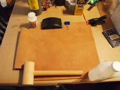 Leather Tote - DIY : 7 Steps (with Pictures) - Instructables Diy Leather Tote, Leather Bags, Diy Tote Bag, Leather Projects, Leather Working, Ideas, Pictures, Bag Design, Ladders
