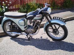 1962 Triumph Tiger Cub Frame no. Engine no. British Motorcycles, Vintage Motorcycles, Triumph Motorcycles, Cars And Motorcycles, Rv Truck, Classic Bikes, Super Bikes, Vintage Bikes, Cool Bikes