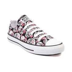 Converse All Star Lo Skulls Sneaker and This exclusive edition low top Converse All Star impresses with a deadly cool black and red skull print canvas upper . Converse All Star, Cool Converse, Converse Shoes, Converse Design, Converse Chuck, Cute Shoes, Me Too Shoes, Baskets Converse, Air Force One
