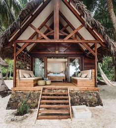 70 Fantastic Small Log Cabin Homes Design Ideas - Beach House - Small Log Cabin, Log Cabin Homes, Log Cabins, Eco Cabin, Small Cabins, Hut House, Tiny House, Tiny Beach House, Bamboo House Design