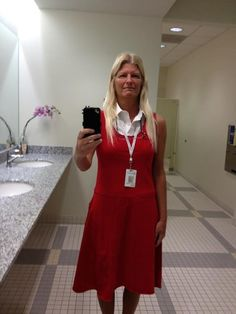 Sheryl Sussman accessorizes her Phoebe Dress for work!