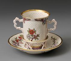 Porcelain Cup and Saucer - Du Paquier Porcelain Manufactory, Vienna c.1730