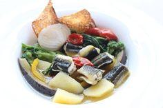 La minestra di anguilla e le altre ricette di Natale del re della laguna di Lesina