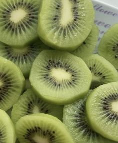 Think Food, I Love Food, Food For Thought, Mint Green Aesthetic, Aesthetic Food, Matcha, Shades Of Green, Kiwi, The Best