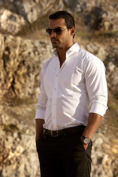 He is a man with luxury dressing and high income. He can give you comfortable and decent life. He is from --richfriends. John Abraham Body, Raining Men, Well Dressed Men, Gentleman Style, Attractive Men, Good Looking Men, Beautiful Men, Men Dress, Hot Guys