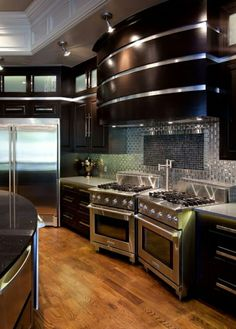 Modern kitchen lighting fixtures and over island ideas will add style to any hom. Modern kitchen l Luxury Kitchens, Cool Kitchens, Dream Kitchens, Modern Kitchen Lighting, Best Kitchen Designs, Cuisines Design, Home Decor Kitchen, Kitchen Ideas, Kitchen Inspiration