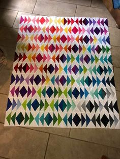 Bright Quilts, Colorful Quilts, Lap Quilts, Scrappy Quilts, Quilting Projects, Quilting Designs, Neutral Quilt, Flying Geese Quilt, Geometric Quilt