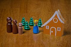 Stinkin' adorable.  The Three Bears Wooden Peg Doll Set. $23.00, via Etsy.  // once upon a peg