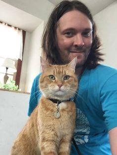 世界中でシリーズ累計1000万部以上も売れた『ボブという名のストリート・キャット』。著者でイギリス人のジェームズ・ボーエンは、愛猫とともに北欧、オーストラリア、そして日本にも訪れている。「ボブは外交的…