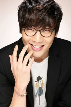 Choi Daniel cast in new KBS drama 'Big Man' + signs with new agency Awana Korean Star, Korean Men, Asian Actors, Korean Actors, Choi Daniel, Kbs Drama, Great Smiles, Japanese Drama, Korean Celebrities