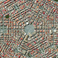 Grammichele, a town in #Sicily, constructed in 1693 with a distinctive hexagonal street plan. #aerial #photography