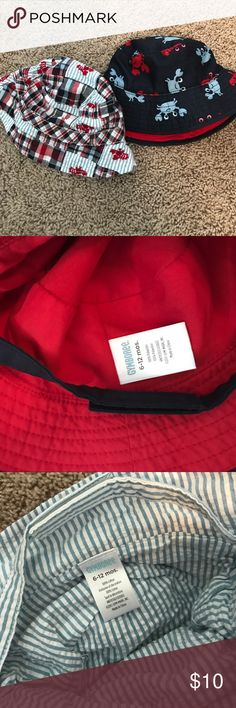 Gymboree baby boys bucket hats Bucket style hats for 6-12 months.  Both feature Velcro chin straps.  Navy with crabs/lobsters also has side snaps to fold brim up.  See pics. In good condition. Gymboree Accessories Hats