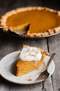 Perfect Pumpkin Pie (Buttered Side Up) Köstliche Desserts, Delicious Desserts, Dessert Recipes, Yummy Food, Dinner Recipes, Pumpkin Pie Recipes, Fall Recipes, Holiday Recipes, Pumpkin Puree