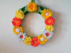Wreath. Floreal yarn wreath.  Yellow and orange felt by MoCactus