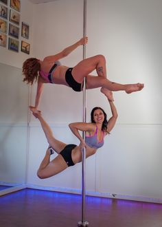 health and fitness: Fitness Ideas and Inspiration for Sarah Henson Pole Dance Moves, Pole Dancing Fitness, Dance Poses, Pole Fitness, Acrobatic Gymnastics, Gymnastics Girls, Glute Strengthening, Pole Tricks, Hip Muscles