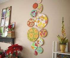 I love embroidery hoop crafts, so simple and so cute.... we have made these at Rainbow before.... I want some for my house!