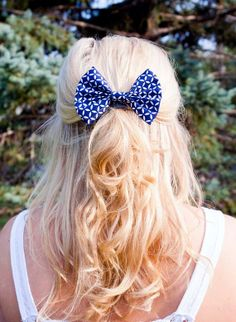 Navy Blue and White Pinwheel Pattern Fabric Hair Bow Clip