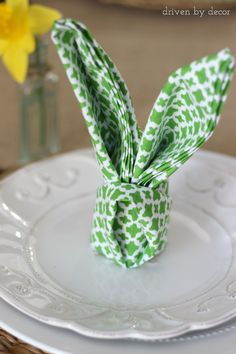 A few quick folds create perky rabbit ears — and add a whimsical touch to a traditional brunch.  Get the tutorial from Driven By Decor »  prima.co.uk