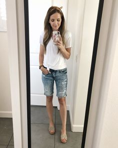 Shop Your Screenshots™ with LIKEtoKNOW.it, a shopping discovery app that allows you to instantly shop your favorite influencer pics across social media and the mobile web. Summer Work Outfits, Mom Outfits, Modest Outfits, Short Outfits, Chic Outfits, Fashion Outfits, Fashion Ideas, Bermuda Shorts Outfit, Women's Shorts