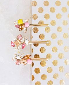 How to Make Pretty DIY Bobbi Pins for your Bridesmaids