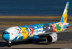 ANA Boeing 777-381 aircraft picture