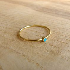 14k Gold Ring - Thin Gold Ring - Delicate Gold Rings - Gemstone Ring op Etsy, 107,64 €