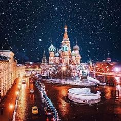 Red Square Moscow - Russia     Follow  Like  Comment  Share  & Tag Friends that will like this page   #glasswindow #stainedglasswindow #visittransylvania #enchanted #fruskagora #baroquestyle #pure #eurotrip #green #beautifulphotography #astonishing #photographic #discoverglobe #awesome_photographers #morningbliss #endofday #travelblogger #vodopad #visiteurope #rennaissance #wildgeography #travelingtheworld #creativephotography #church #animals_gr #plain #bbctravel #sharetravelpics…