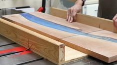How to build a DIY epoxy resin river table with waterfall feature from a live edge slab. I'll show you how to pour thick epoxy resin pours, how to cut a waterfall joint, and how to finish an epoxy river table. Diy Resin River Table, Epoxy Wood Table, Wood Tables, Woodworking Projects Diy, Diy Wood Projects, Diy Waterfall, Resin Countertops, Resin Furniture, Pallet Furniture