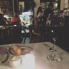 My kind of evening🍷 | Bordeaux & Baguette & Cheese on its way | Vive la…