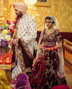 Pinterest: @pawank90 Punjabi Wedding Couple, Big Fat Indian Wedding, Desi Wedding, Wedding Suits, Wedding Dress, Sherwani Groom, Mens Sherwani, Wedding Sherwani, Red Lehenga