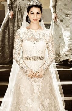 """Mary, Queen of Scots wedding gown on the set of """"Reign"""""""