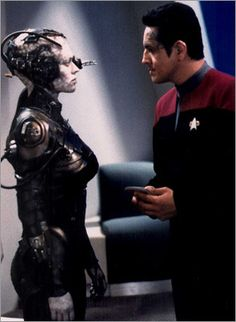 "Star Trek Voyager - Episode ""Scorpion II"" (Seven of Nine and Commander Chakotay)."