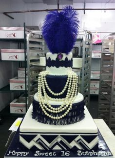 The Great Gatsby Cake who puts jewelry on cake unless it's a candy neck less, then it's acceptable