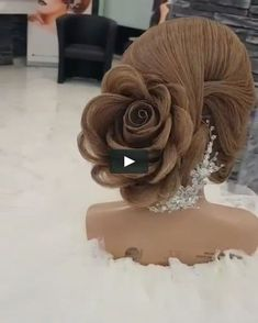 Prom Hair – Picture Ideas – Hair, Nails, Skin – Tips, Tricks and Hacks*This is the hairstyle I am choosing (if possible) for my wedding. Down Hairstyles, Braided Hairstyles, Wedding Hairstyles, Flower Hairstyles, Braided Ponytail, Competition Hair, Hair Up Styles, Pinterest Hair, Wedding Hair Down