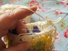 Crochet tutorial: joining granny squares 7