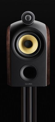 Compact and discreet, yet introducing technologies never before seen in any Bowers & Wilkins speaker, PM1 produces a sound so refined that everything else suddenly seems insignificant.