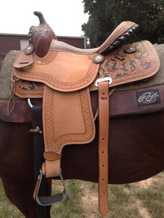 saddle leather for sale tack on saddles saddles and horses 5037