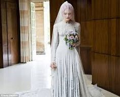 Kate Shillingford wore a gray slashed chiffon wedding dress designed by Gareth Pugh and a veil by Stephen Jones for her marriage to Alex Dromgoole in Photo: Amy Gwatkin, courtesy of the Victoria and Albert Museum White Wedding Dresses, Designer Wedding Dresses, Bridal Dresses, Wedding Gowns, Red Wedding, Dresses Uk, Gareth Pugh, Victoria Dress, Queen Victoria