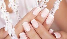 paznokcie na ślub migdałki