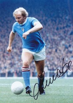 Want To Know About Football? If you're trying to be better at football, then you probably want to learn all the information you can. Manchester City, Kicks, Soccer, Football, Running, Division, 1960s, Sports, Clock
