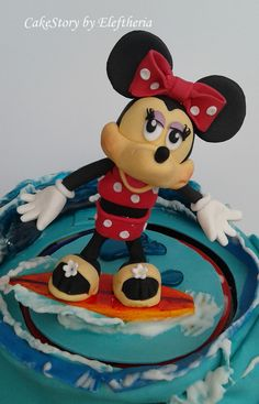 Minnie_surfing_cake_topper_by Eleftheria Tarrou