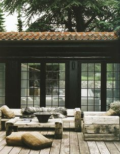Any project can't get the comprehensive beauty without proper care in the interior and exterior. Therefore, the owners should not skip the exterior tiles section while they are remodeling or establish their residences. Outdoor Areas, Outdoor Rooms, Outdoor Living, Outdoor Seating, Outdoor Lounge, Indoor Outdoor, Living Haus, Living Rooms, Living Area