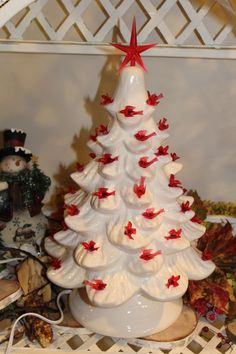 60 Sm Twist Bulbs and 1 Med Pink Star  for Ceramic Christmas Trees