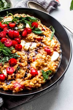 Creamy Caprese Tomato Risotto | Platings + Pairings Risotto Dishes, Tomato Risotto, Chicken Risotto, Risotto Recipes, Pasta Recipes, Pasta Dishes, Grilling Recipes, Veggie Recipes, Risotto